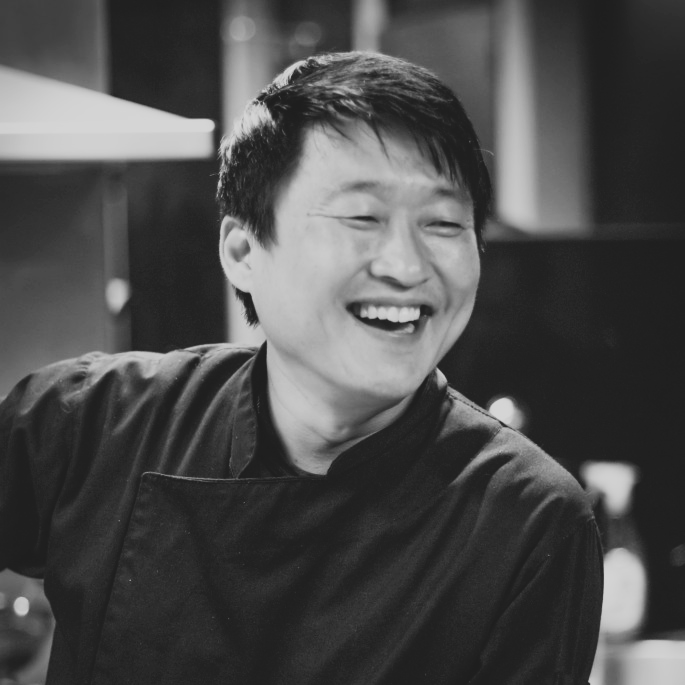 Chef-Mun-Bio-Pic_High-Res-685x1024